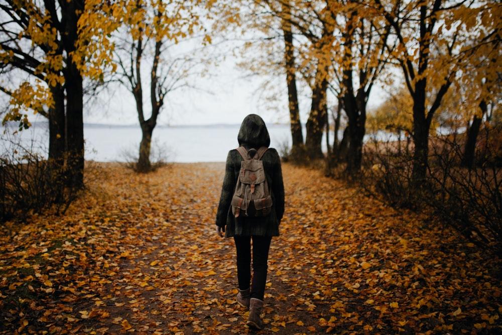 walking helps ease pain in endometriosis